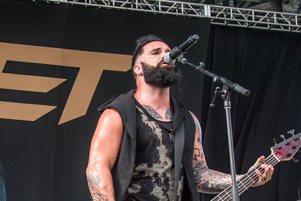 Skillet's John Cooper Discusses Raising Children While on Tour