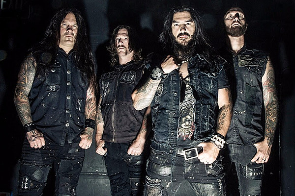Couple Ejected From Machine Head Show for Having Sex in Front Row