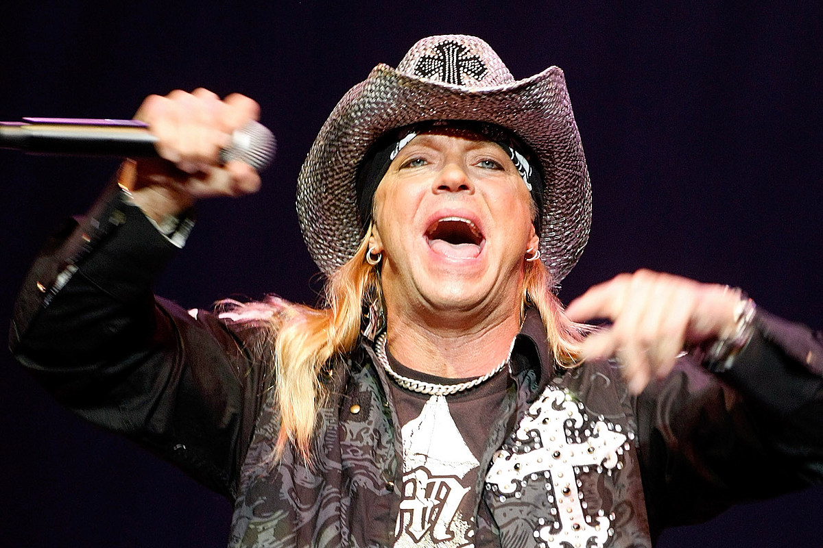Bret Michaels 'Kept Throwing Good Vibes' for Motley Crue Reunion
