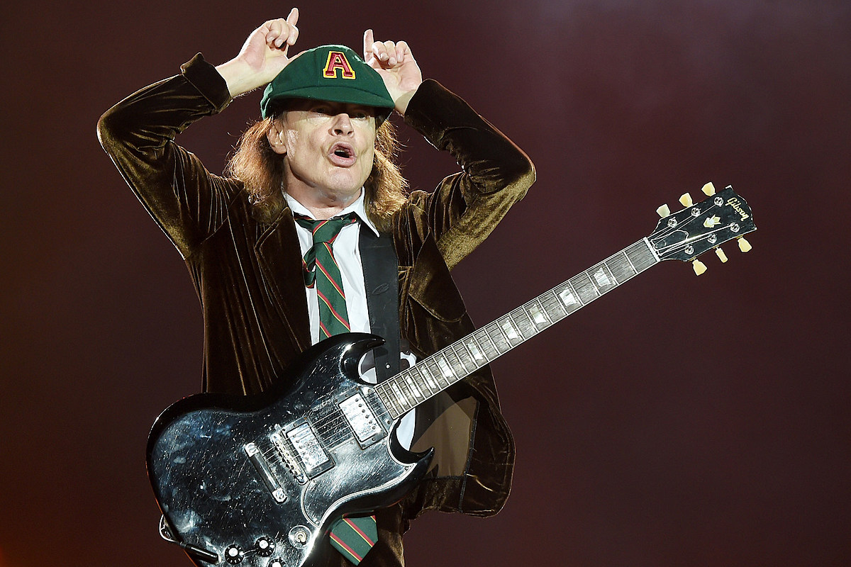 AC/DC Share Original Label-Rejected 'Highway to Hell' Album Cover