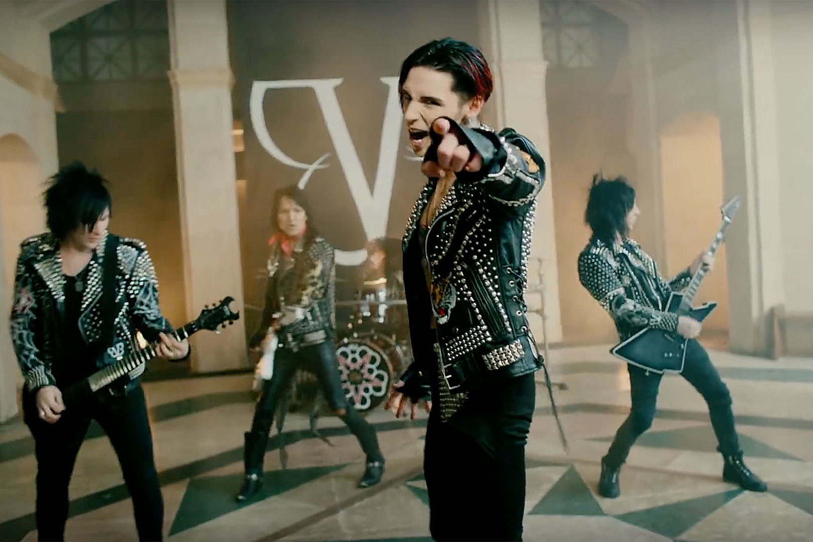 Black Veil Brides Andy Biersack There Are No Plans To Break Up