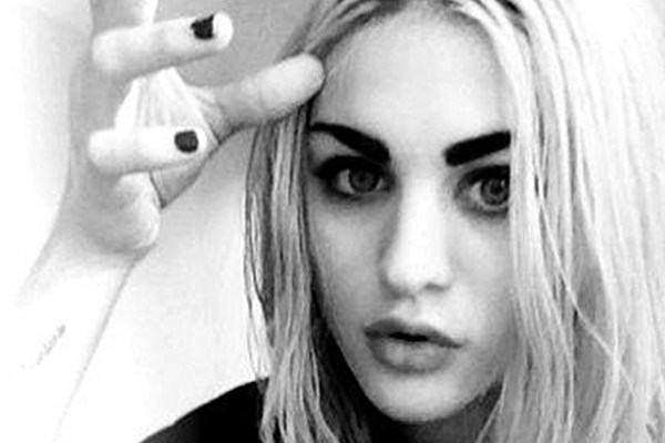 Hear Frances Bean Cobain Sing Original Song