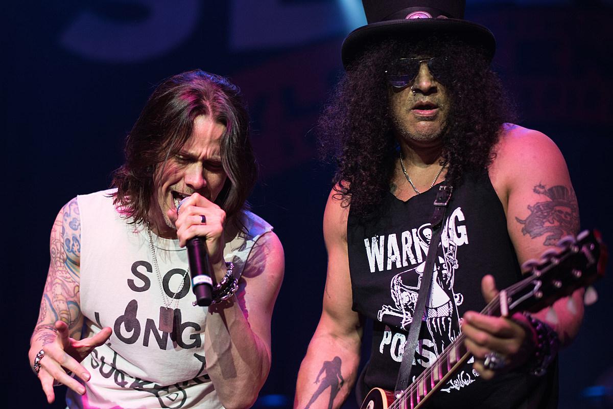 Slash Announces 2022 Tour With Myles Kennedy + the Conspirators