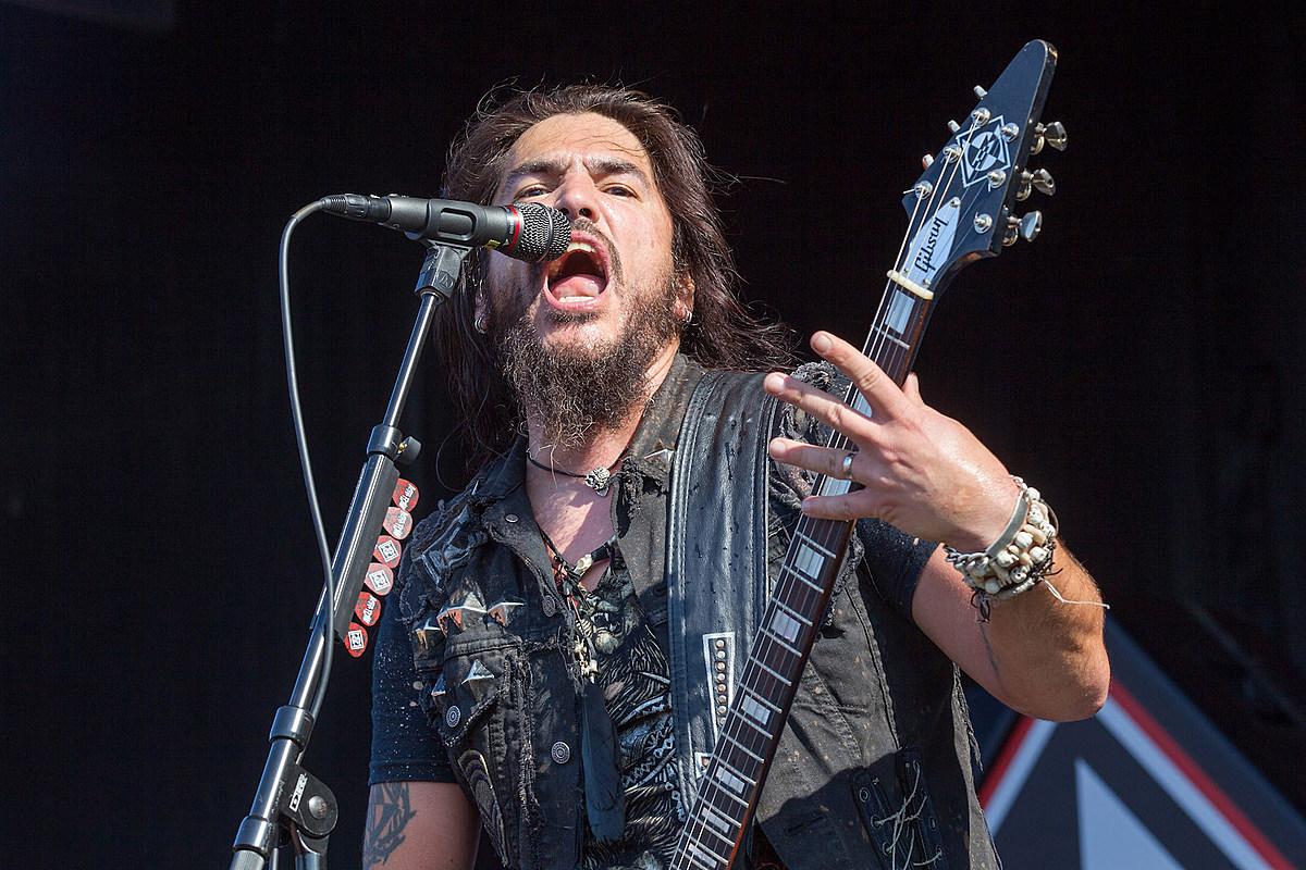 Machine Head Frontman Hits Back at 'Internet Troll Motherf--kers'