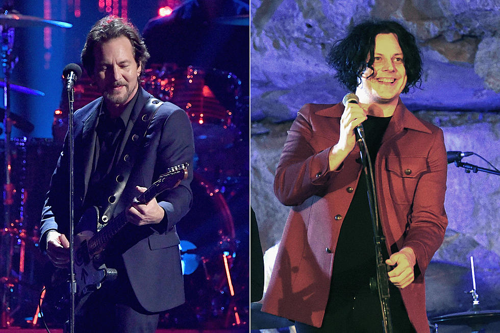 Pearl Jam Welcome Jack White for 'Rockin' in the Free World'