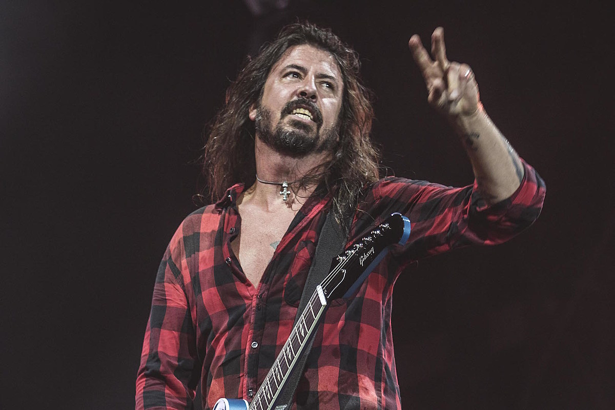 Dave Grohl: 'Always Something Cooking' With Them Crooked Vultures