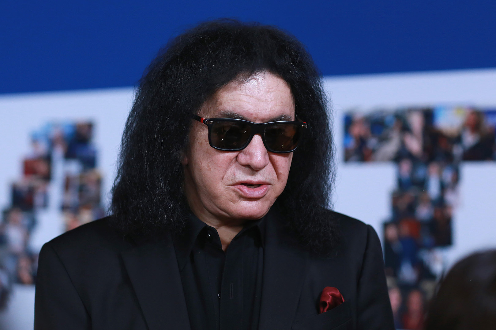 Gene Simmons Nude woman who sued gene simmons for sexual battery wants case