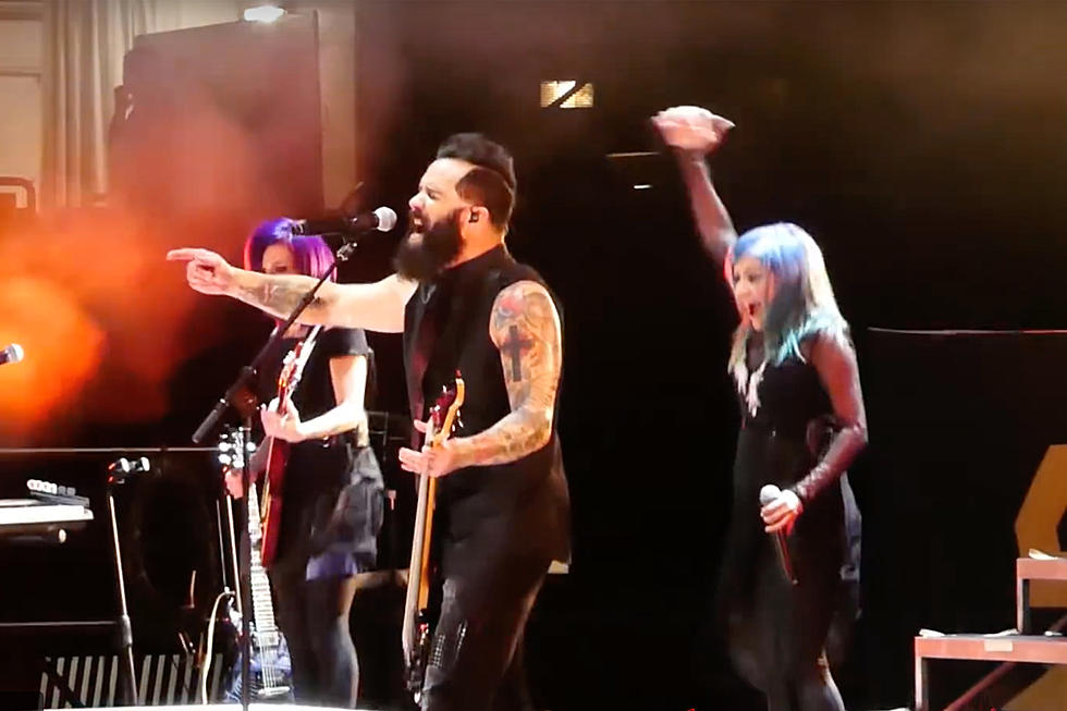 Skillet Debut Two New Songs Live - 'Rise Up' + 'Dead Man
