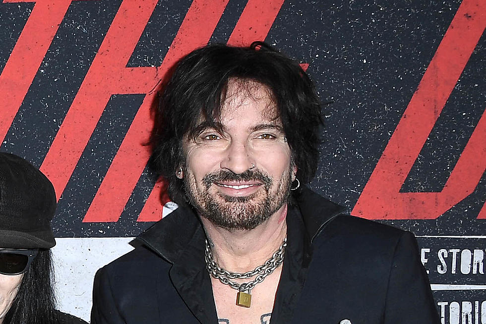 Motley Crue's Tommy Lee Fires Back at Critical 'The Dirt' Review
