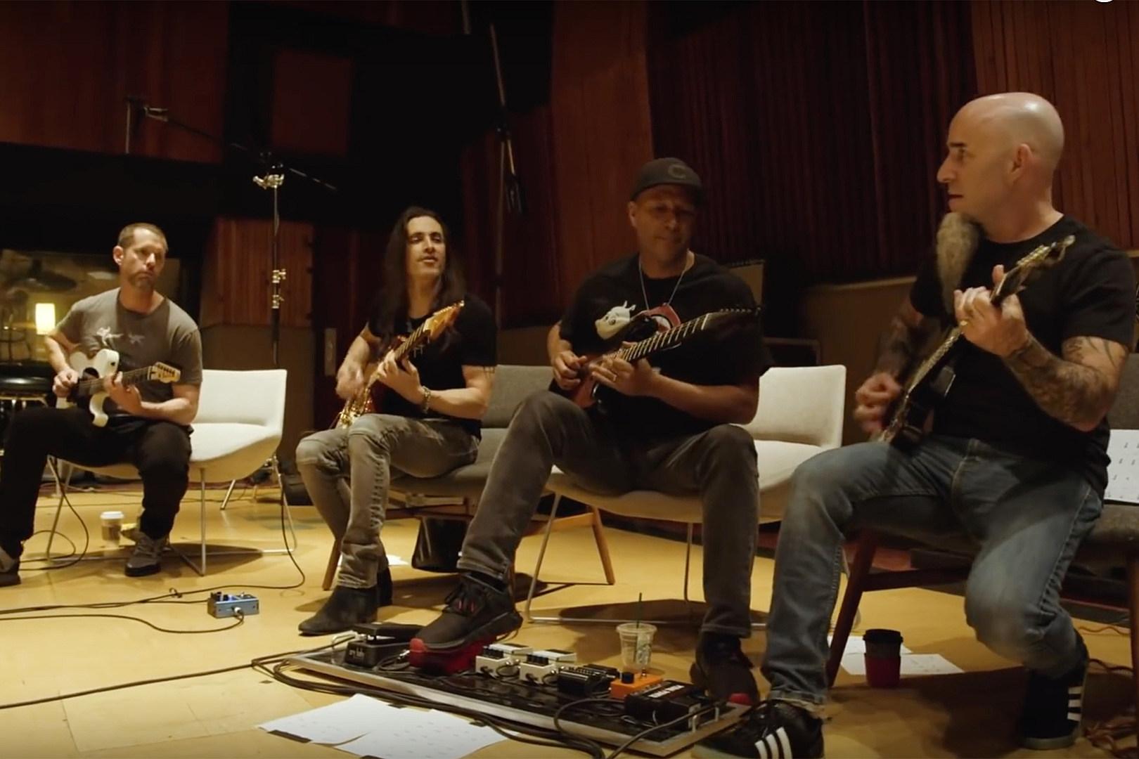 Scott Ian, Tom Morello Play 'Game of Thrones' Theme + Guitars