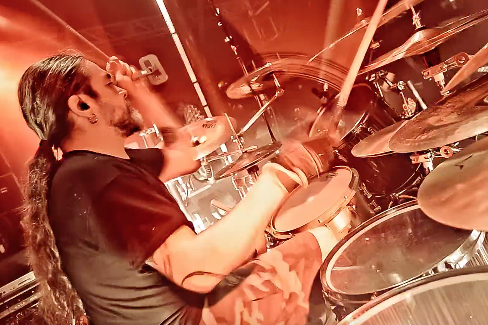 c8247ab6 10 Times Tomas Haake Was the Best Drummer on Earth
