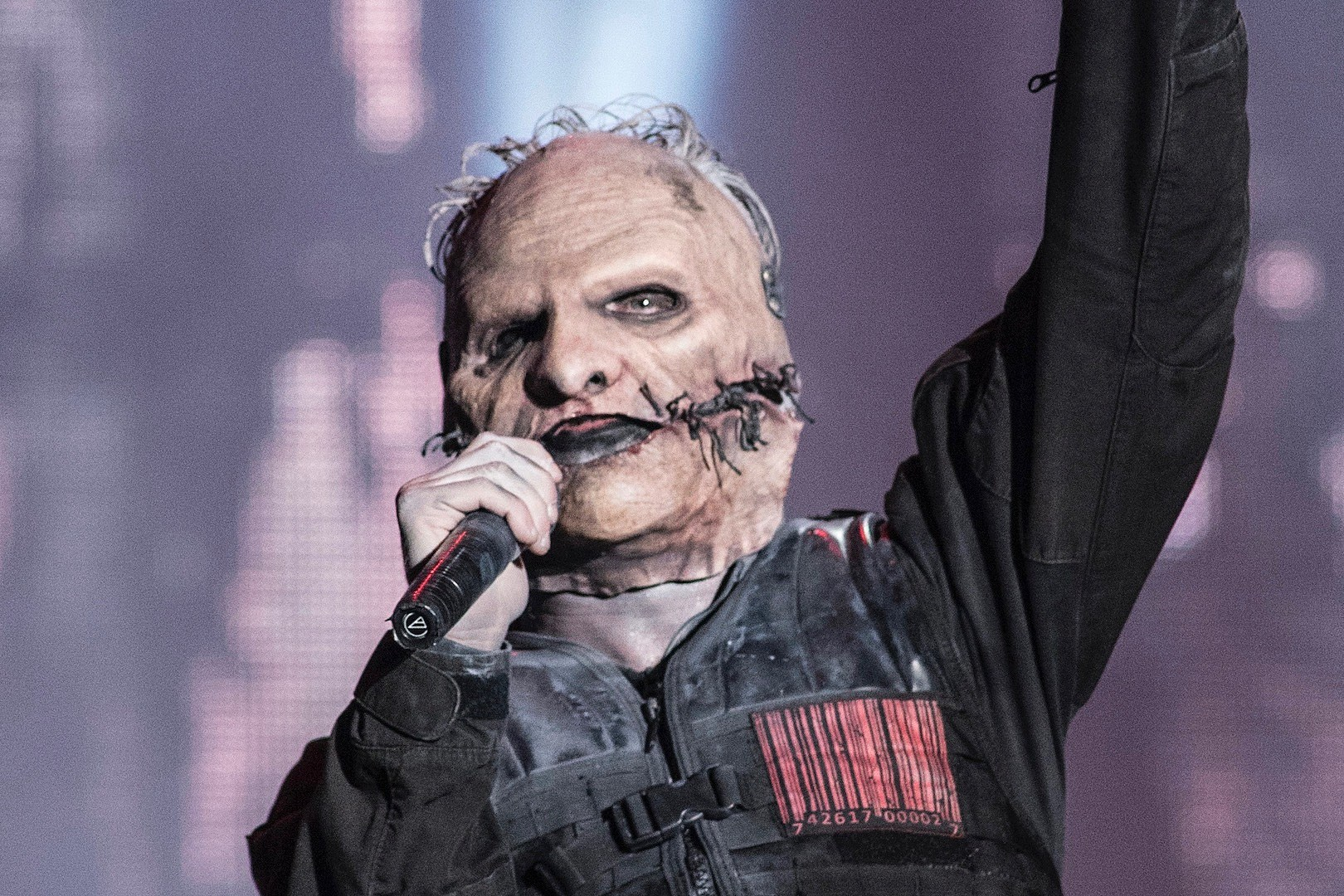 Corey Taylor: 'Stop Whining + Put Your God Damn Mask On'