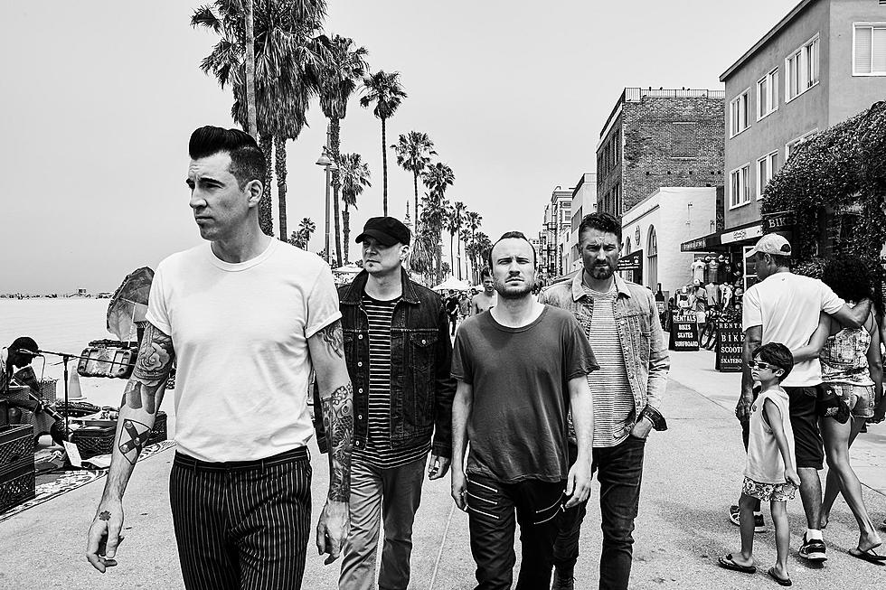 Theory of a Deadman Announce Fall U S  Tour, Working on New