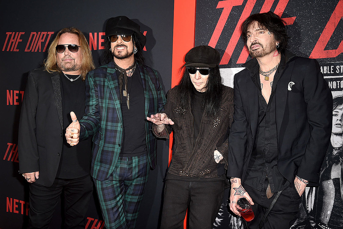 Motley Crue Take Top Spot in Rock Hall's 'Voice Your ...