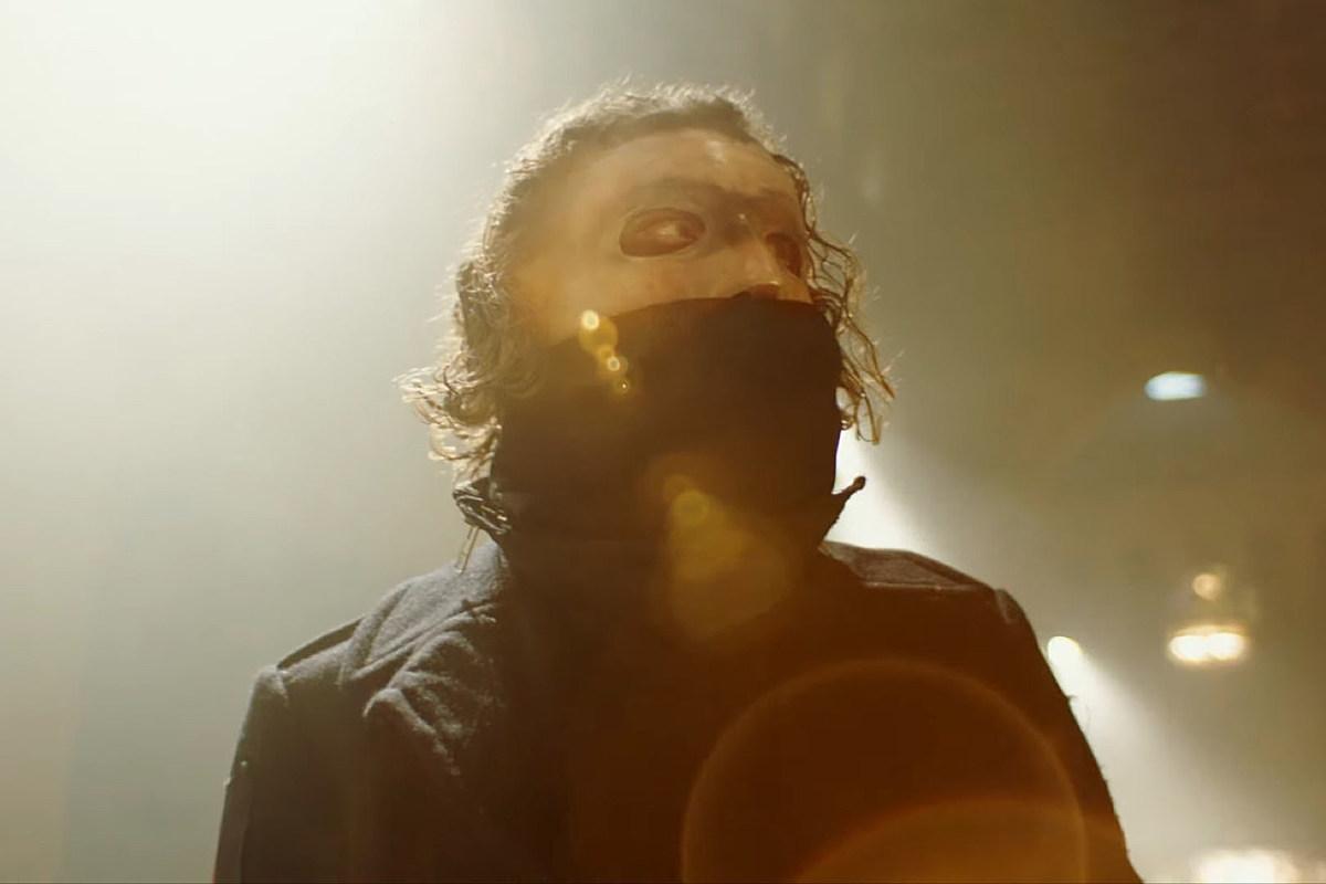 Slipknot's Corey Taylor Slams Holocaust + Slavery Deniers