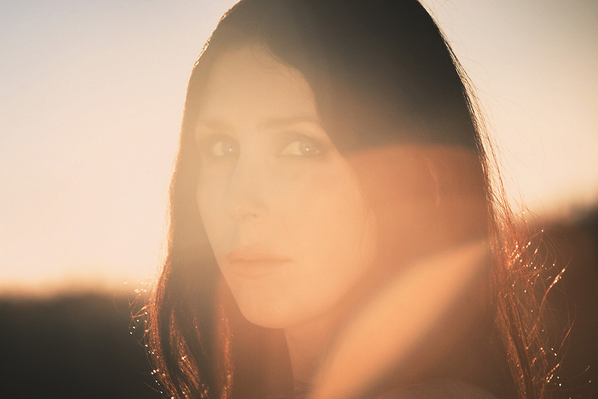 Chelsea Wolfe Announces 'Birth of Violence' Album, New Song, Tour