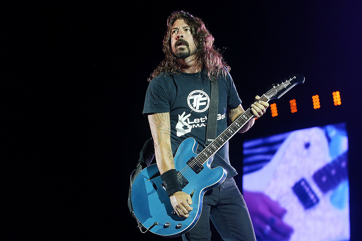 Foo Fighters Cover Pink Floyd + More on New '01999925' EP