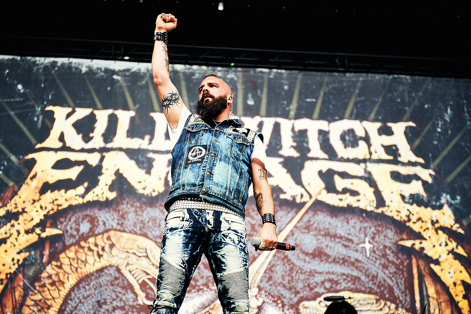 Killswitch Engage Reunite With Ex-Vocalist Howard Jones Live