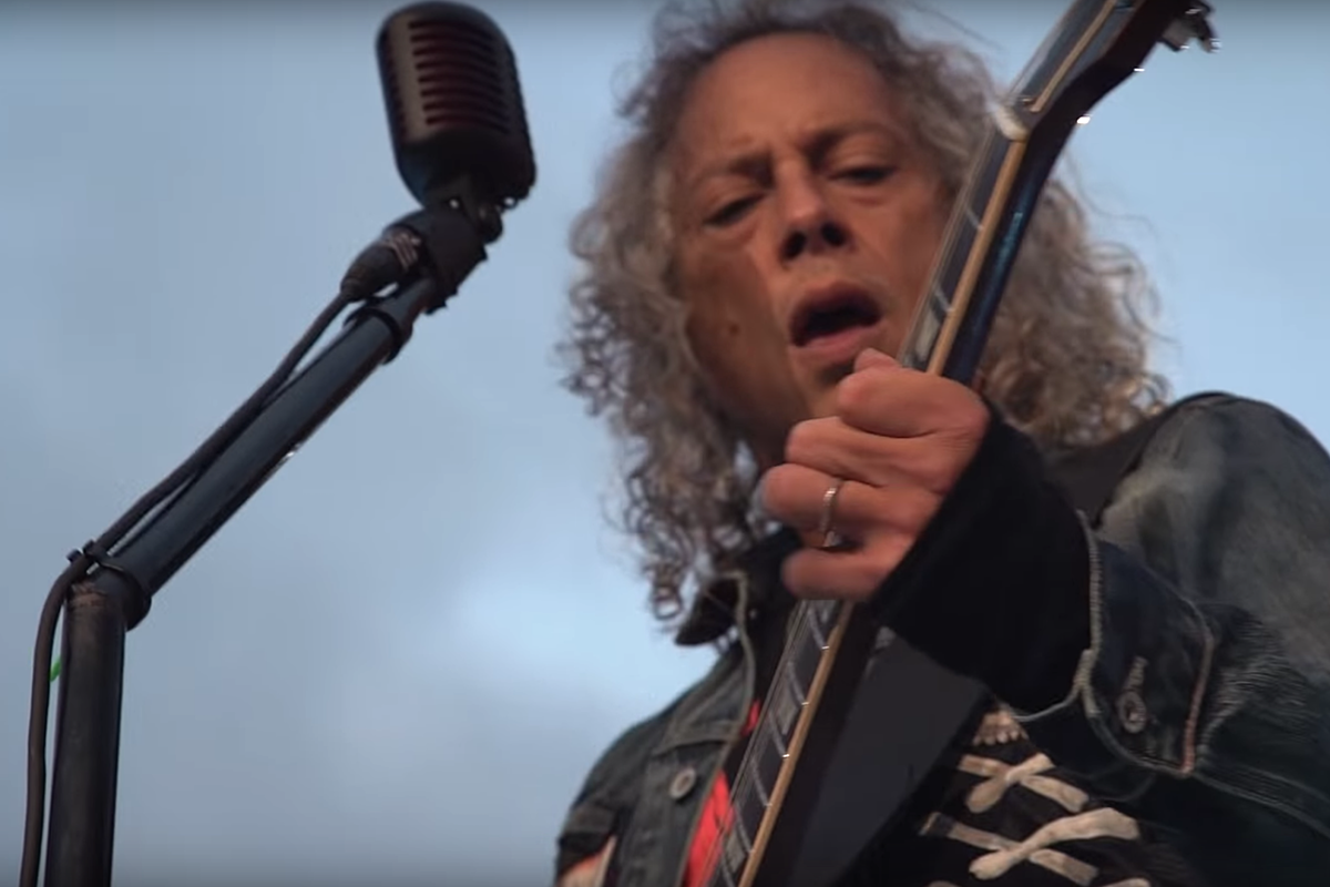 Watch Metallica's Kirk Hammett Sing Iron Maiden Cover Live