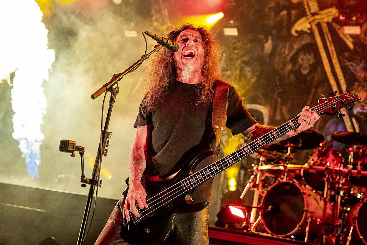Woman Gets Thrown Out of Slayer Mosh Pit at Her Own Wedding