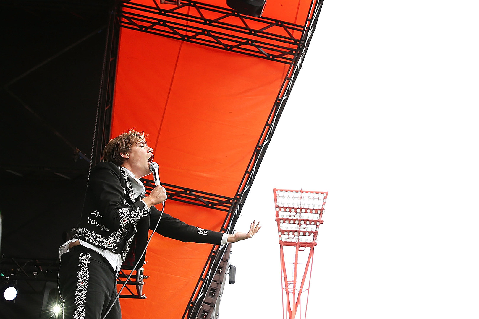 The Hives Stir Things Up With New Song 'Good Samaritan'