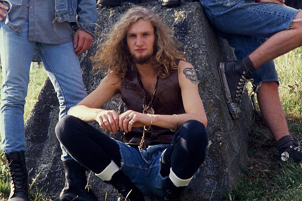See Photos of Alice in Chains's Layne Staley Through the Years