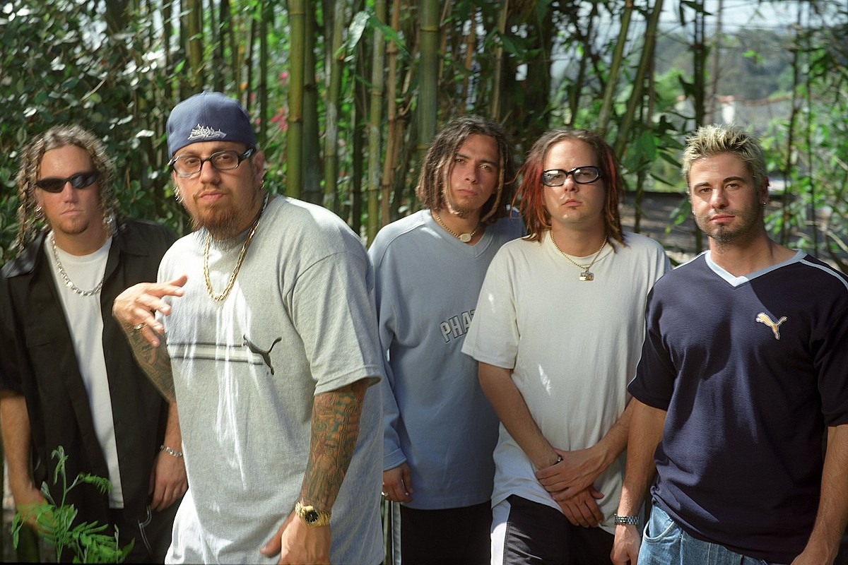 Korn's 'Issues': 8 Facts Only Superfans Would Know