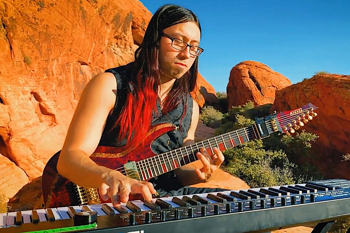Musician Plays Aerosmith 'Dream On' on Guitar + Keys at Same Time