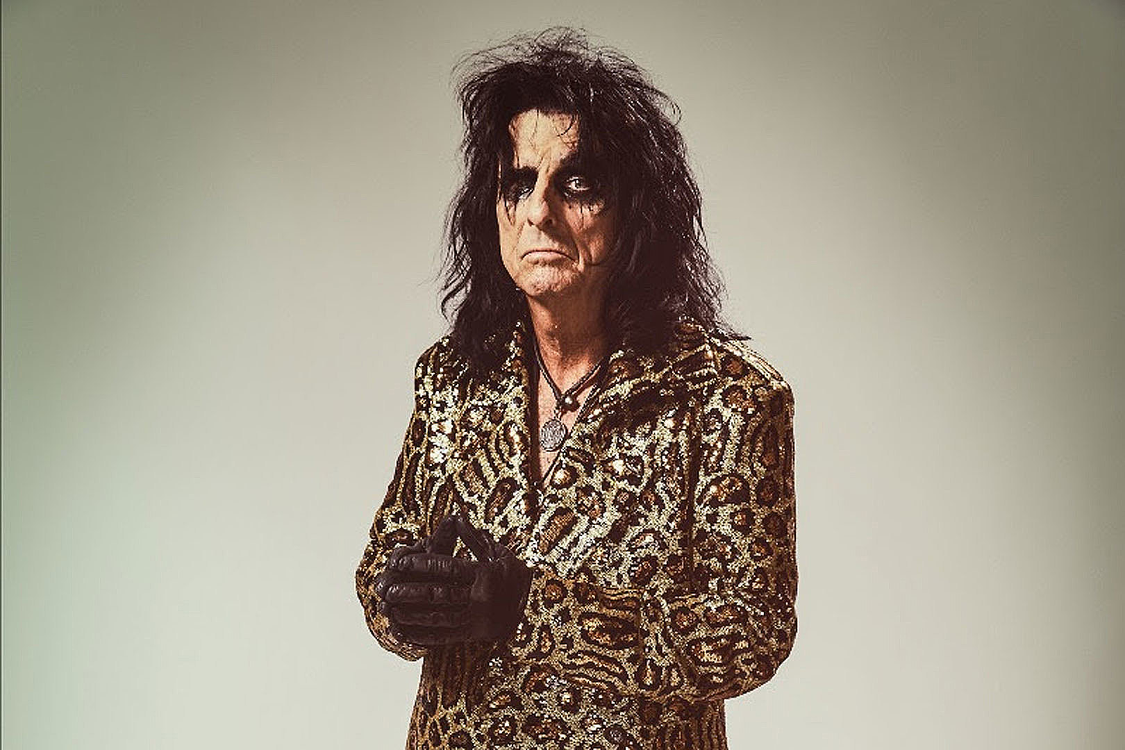 Alice Cooper Stresses the Importance of Independent Music Venues