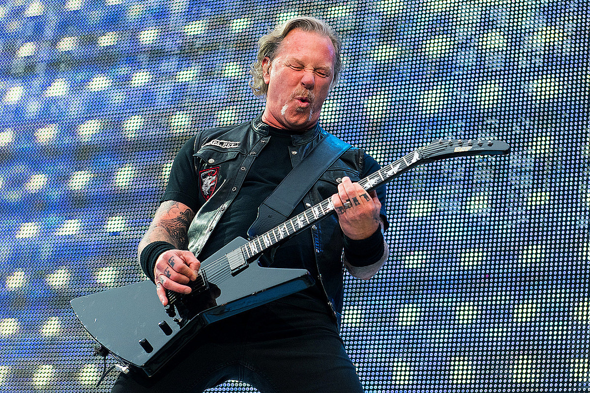 Metallica Rock Three Songs During 'Howard Stern' Appearance