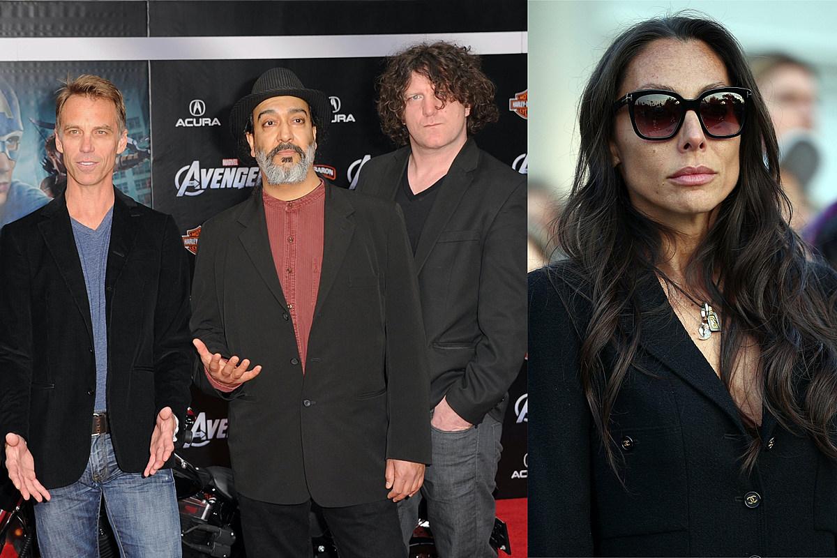 Soundgarden отреагировали на иск Вики Корнелл, стремясь завершить финальный альбом группы