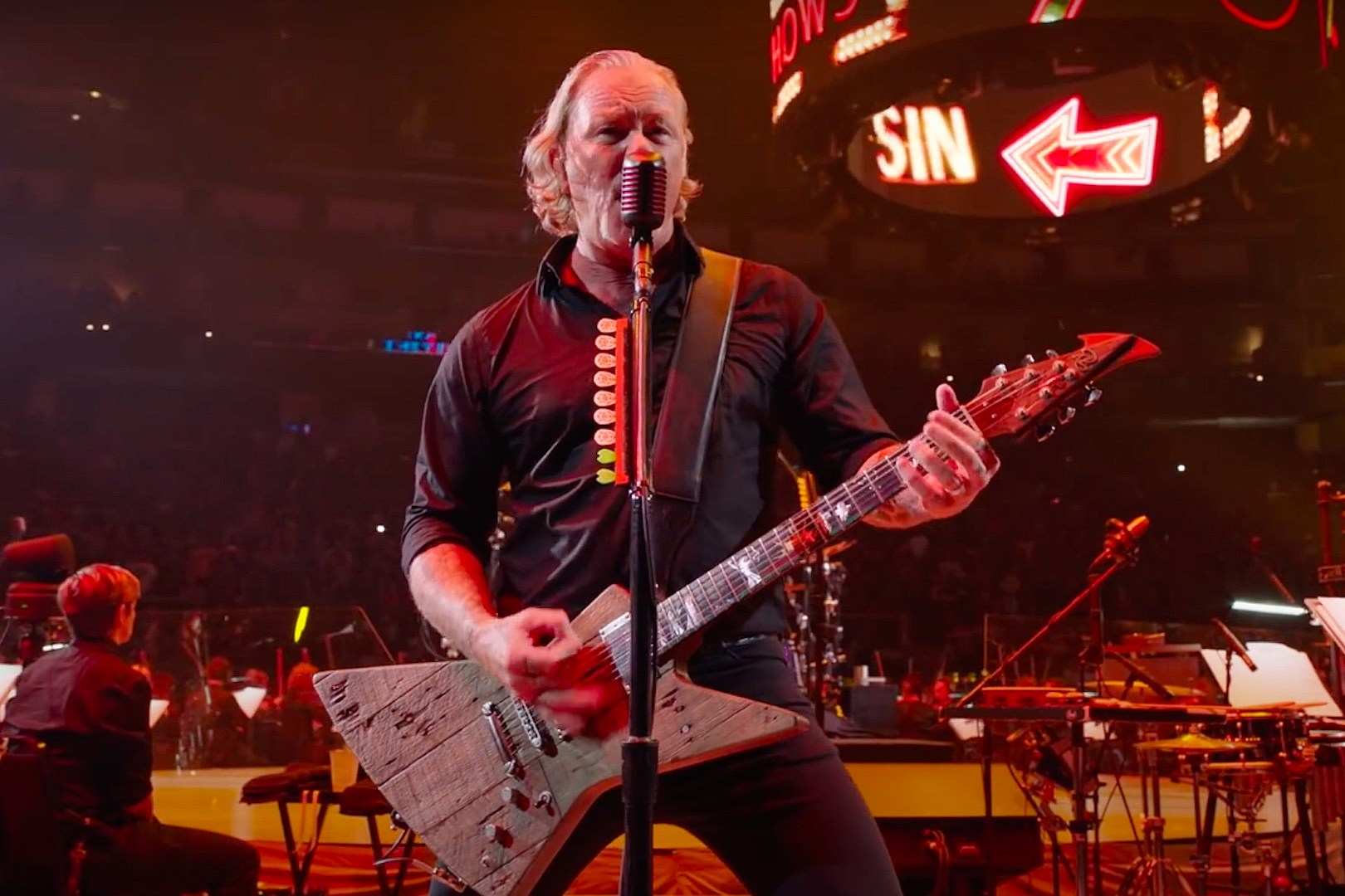 Metallica Release 'Moth Into Flame' Video From 'S&M2'