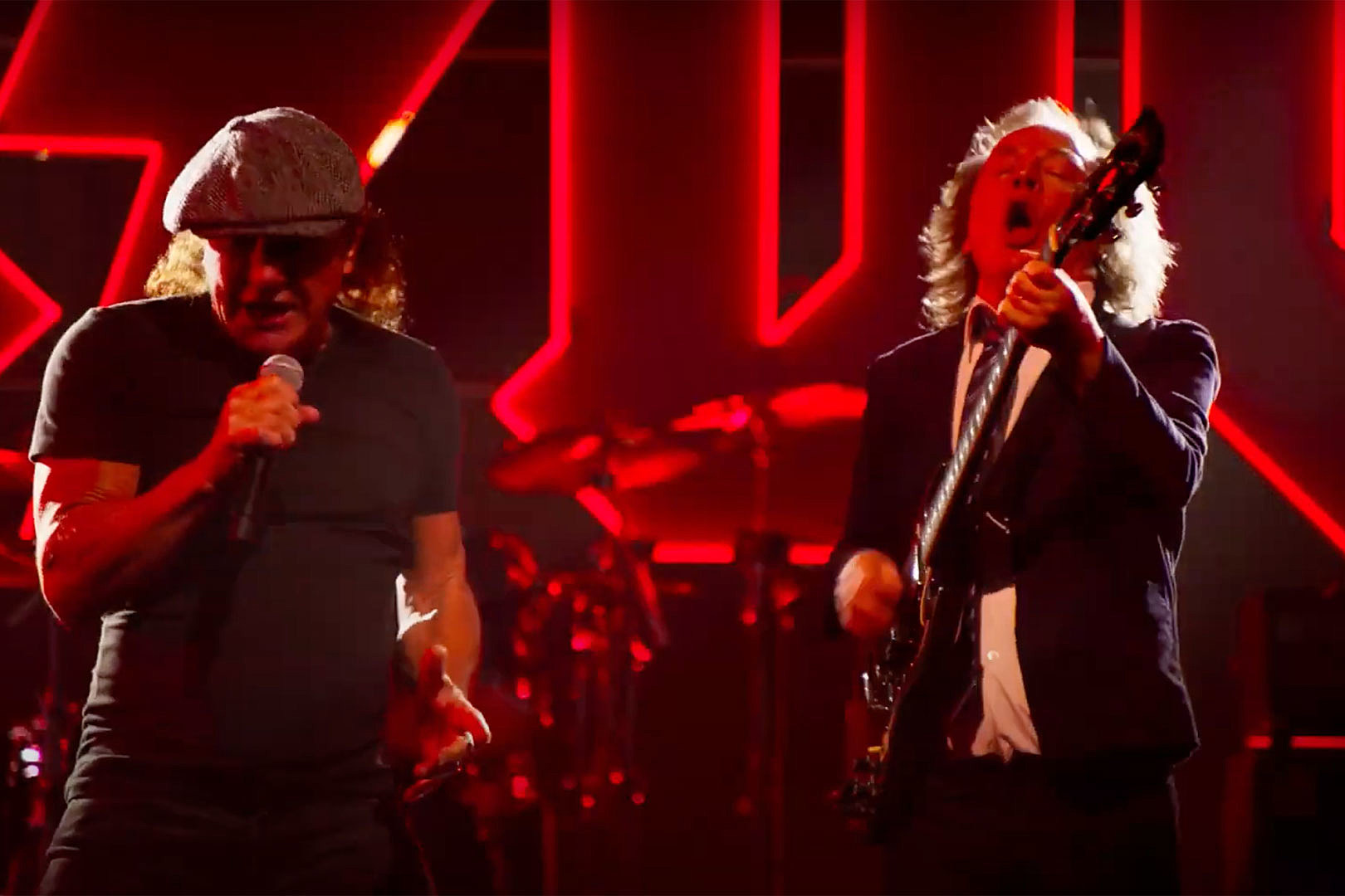 AC/DC Reveal Performance-Based 'Shot in the Dark' Video
