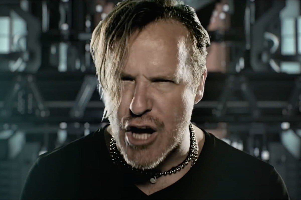 Burton C. Bell Burton C. Bell Reiterates 'I'm Done' With Fear Factory