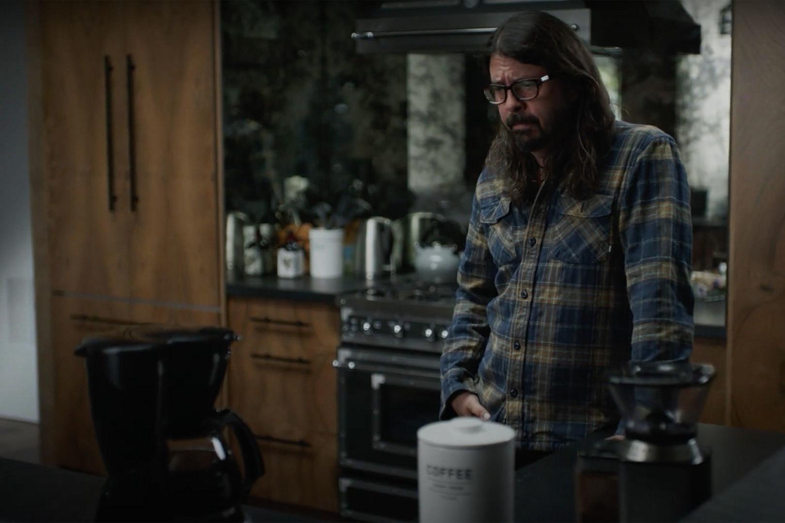 How Dave Grohl Overcame His Coffee Addiction (Kinda)
