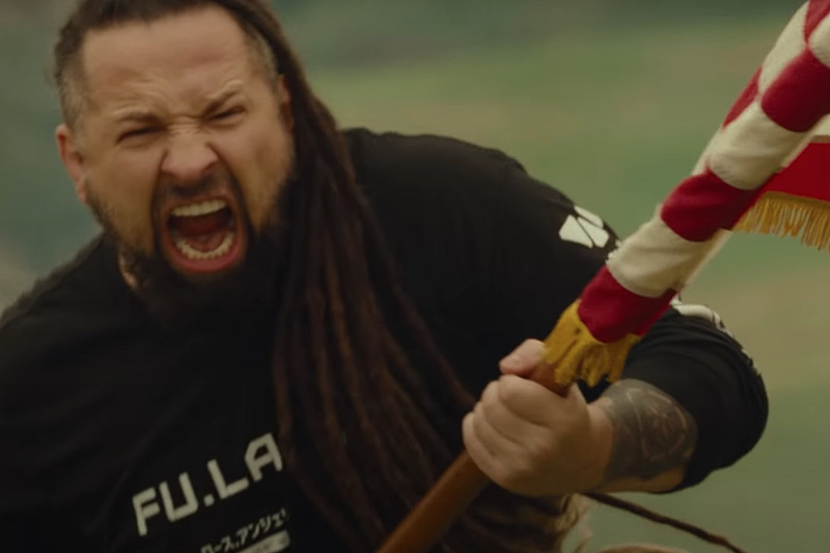 Five Finger Death Punch2 Zoltan Bathory: New FFDP Video Does Not Have Anti-Mask Message
