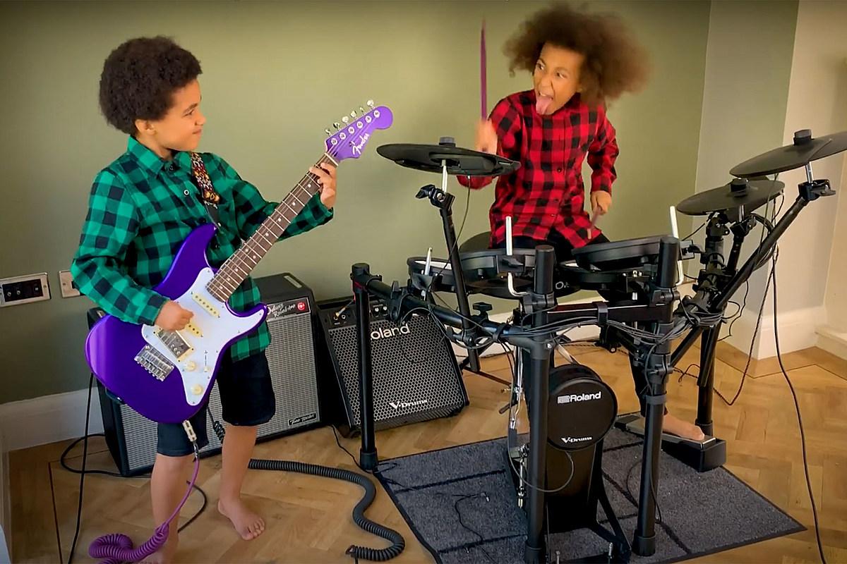 Thomas and Nandi Bushell Nandi Bushell Teaches Brother Thomas to Rock a Nirvana Cover