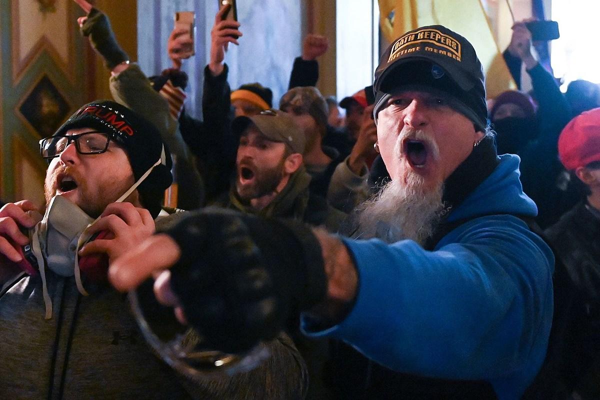 Джон Шаффер из Iced Earth арестован за участие в бунте Капитолия