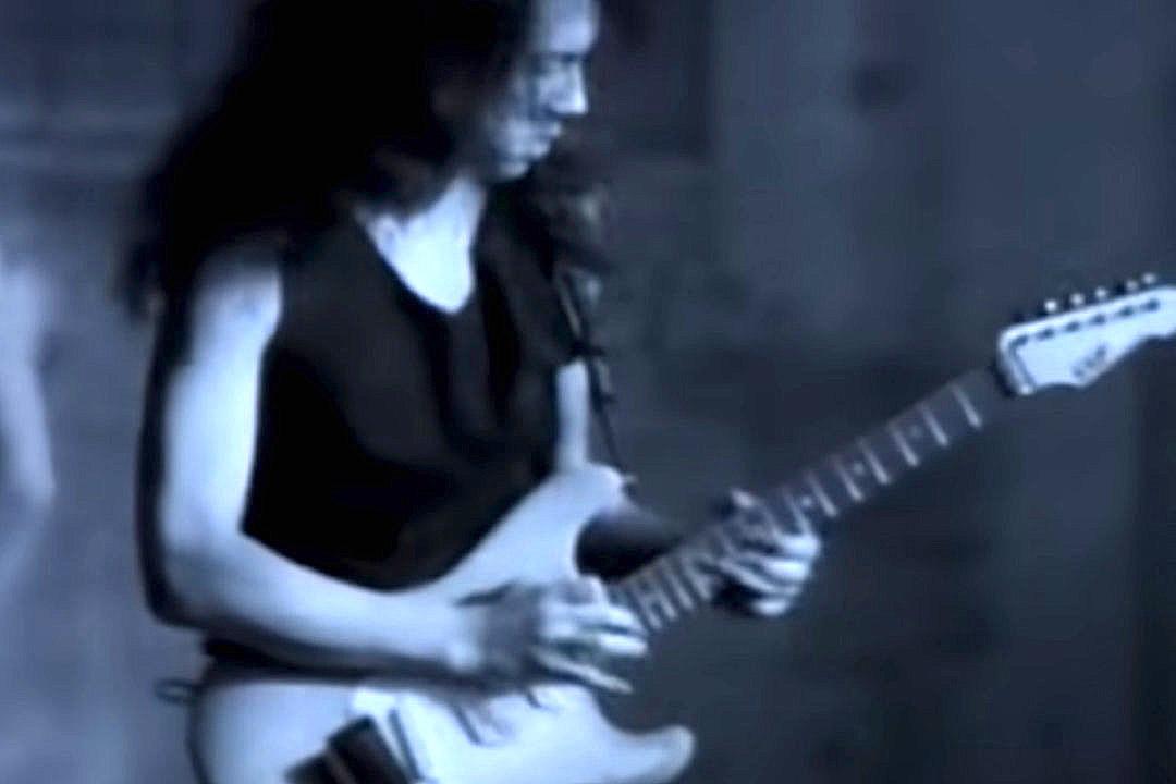 Kirk Hammett's Metallica 'One' Video Guitar Sells for Six Figures