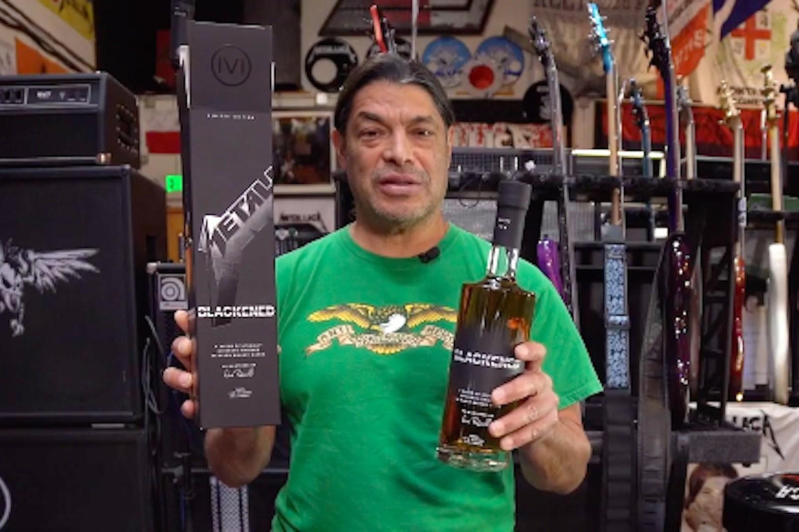Metallica Announce New 'Black Album'-Enhanced Batch of Whiskey