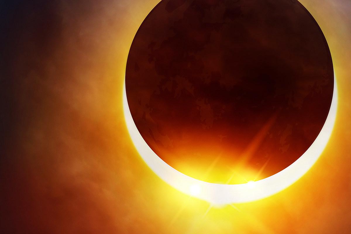 Most Metal Sunrise Ever - Solar Eclipse Lets Some See 'Devil Horns'
