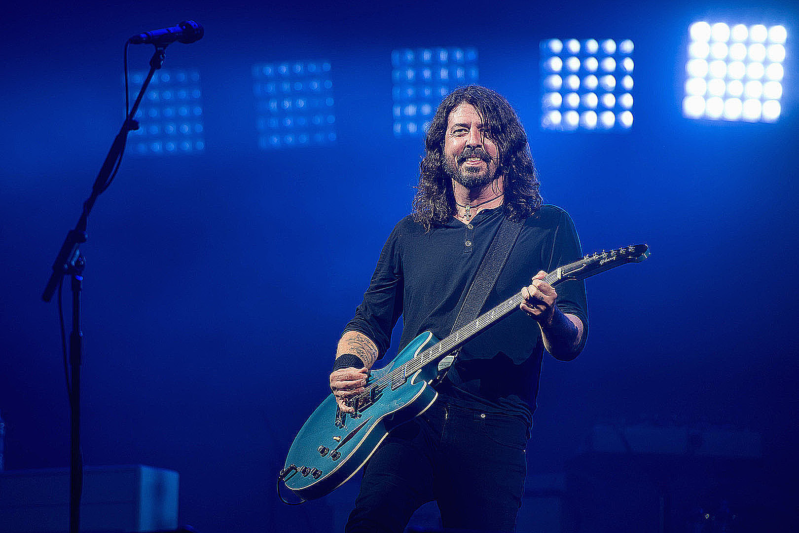 Foo Fighters to Reopen L.A. Forum for Full Capacity Concert