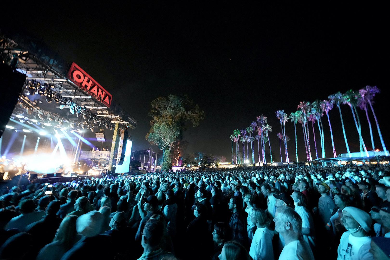 Ohana Fest Temporarily Shut Down Before All-Star Eddie Vedder Set