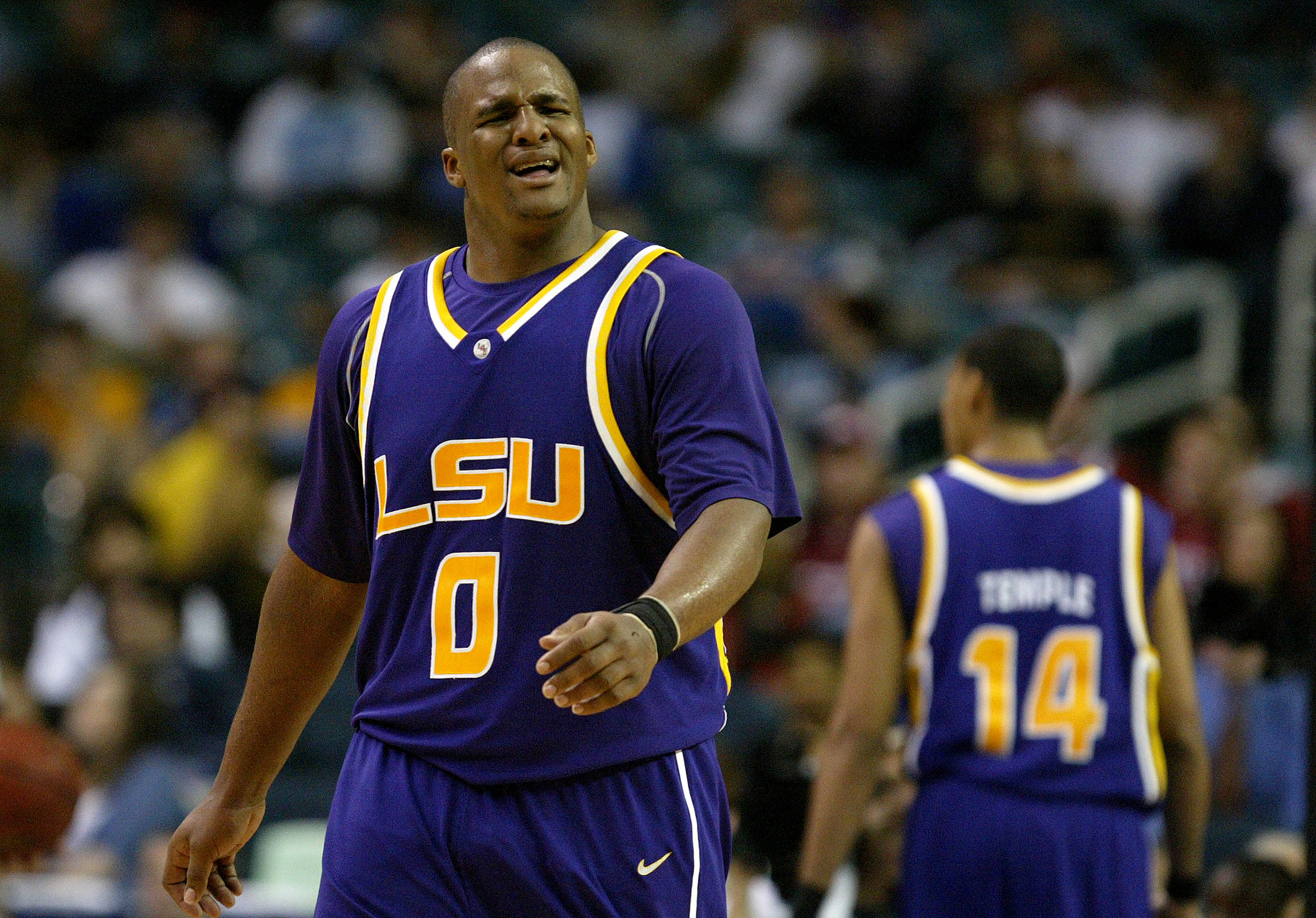 Former Lsu Star Glen Davis Signs To Play In Canada