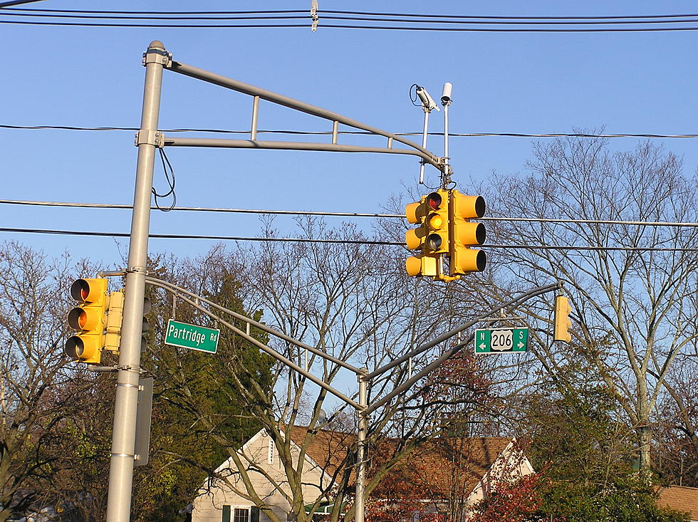 DOT report recommended return of red-light cameras