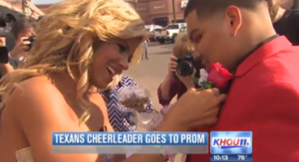 Texas Hs Senior Scores Prom Date With Nfl Cheerleader