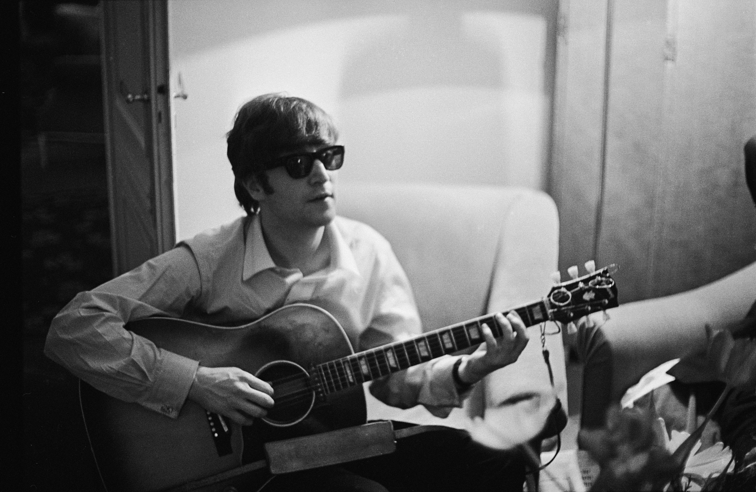 John Lennon S Guitar Sells For 2 4 Million At Auction