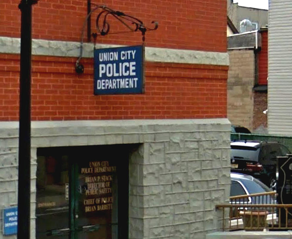 Woman stabbed Union City man to death, cops say