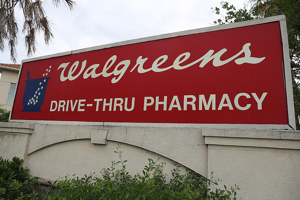 Walgreens manager says shoppers don't like seeing cross