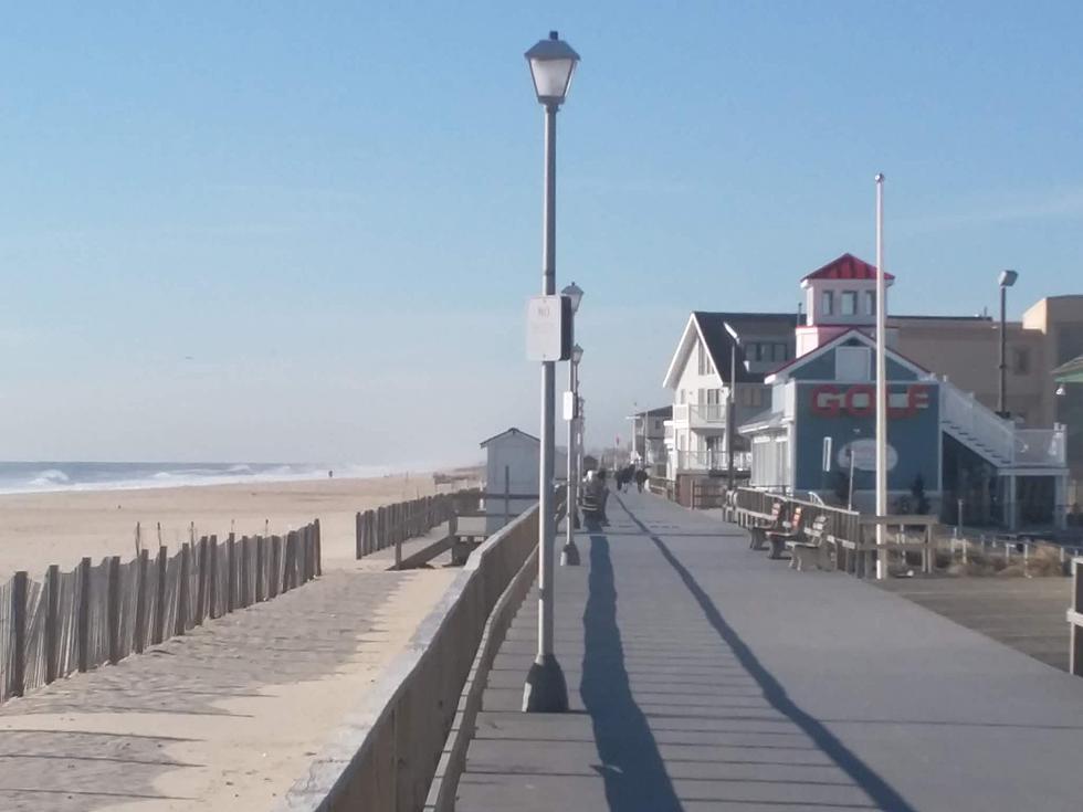 Pt Pleasant Beach Shuts Boardwalk